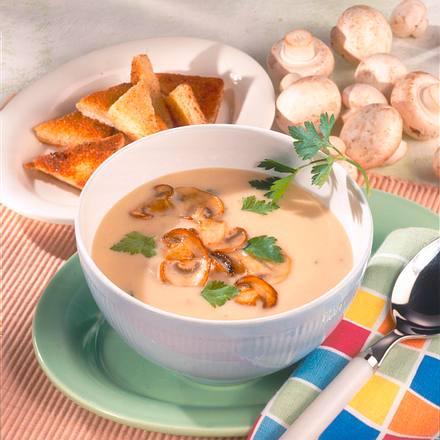 Champignon-Creme-Suppe mit Röst-Ecken Rezept