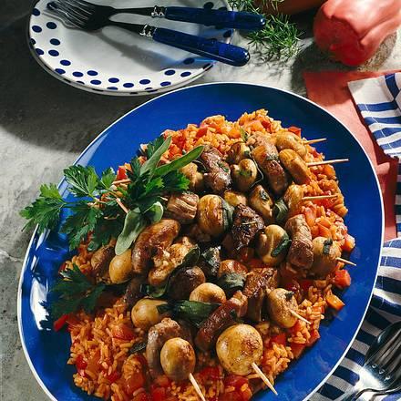 Champignon-Fleisch-Spieße auf Paprika-Risotto Rezept