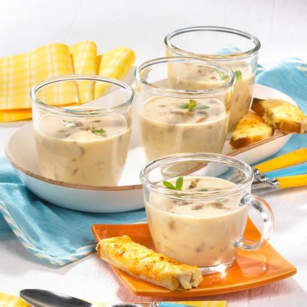 champignon steinpilz suppe mit k se toast rezept chefkoch rezepte auf kochen. Black Bedroom Furniture Sets. Home Design Ideas