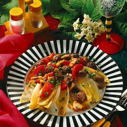 chicoree mit geschmortem pilz tomaten gem se und hackfleisch rezept chefkoch rezepte auf. Black Bedroom Furniture Sets. Home Design Ideas