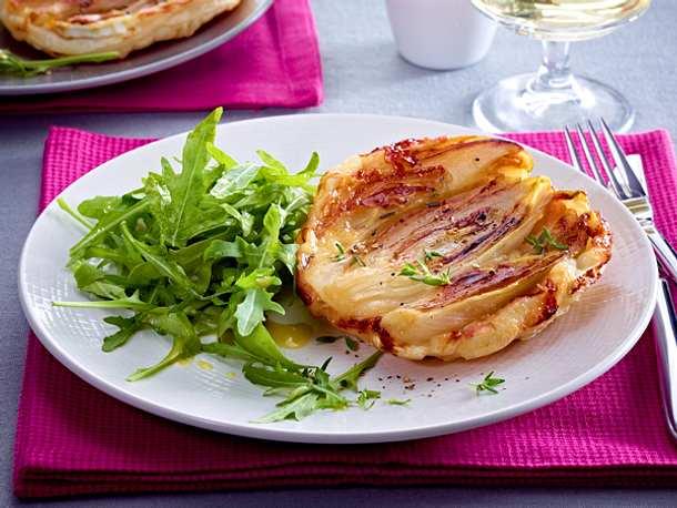 Chicorée-Ziegenkäse-Tatin (gestürzte Chicorée-Tarte) Rezept