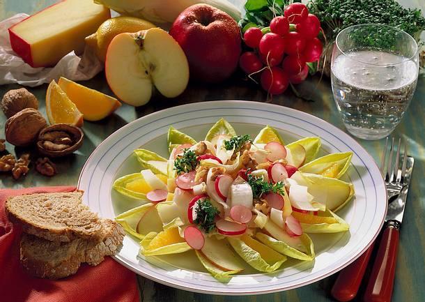 Chicoreesalat mit Orangen und Kresse Rezept