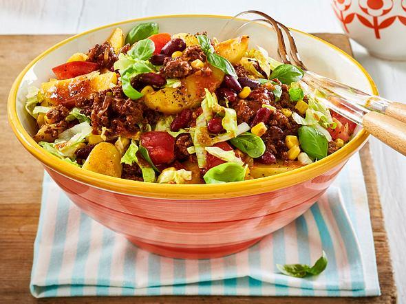 Chili-con-Carne-Kartoffelsalat-kug-2016-09-F8592902
