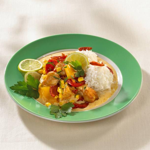 Chili-Geflügelgulasch mit Reis Rezept