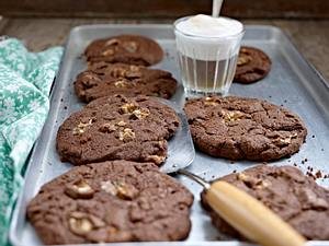 Chocolate Snickers Cookies Rezept