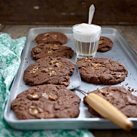 Chocolate Snickers Cookies Rezept