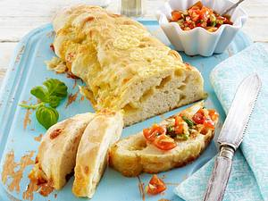 Ciabatta-Käsebrote mit Tomatensalsa Rezept