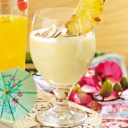 Cocktails - bunte Partydrinks mit Schuss - coconut-dream