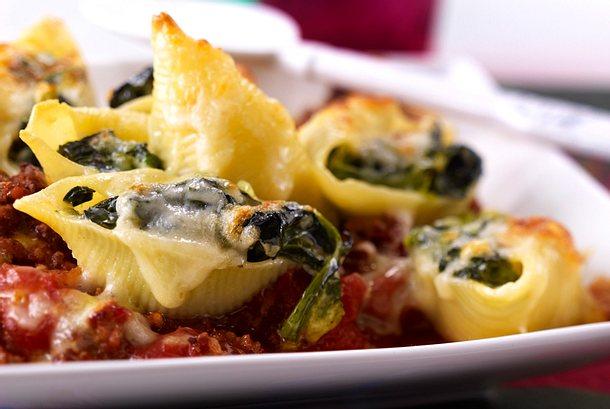 Conchiglioni con spinaci al forno Rezept
