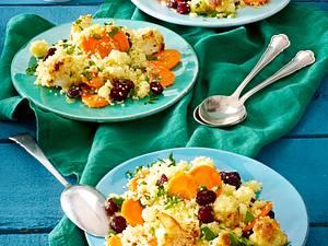 Couscoussalat mit Möhre, Blumenkohl, Petersilie und Cranberrys Rezept