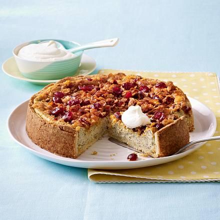 Cranberry-Mohnkuchen mit Cornflakesstreusel Rezept