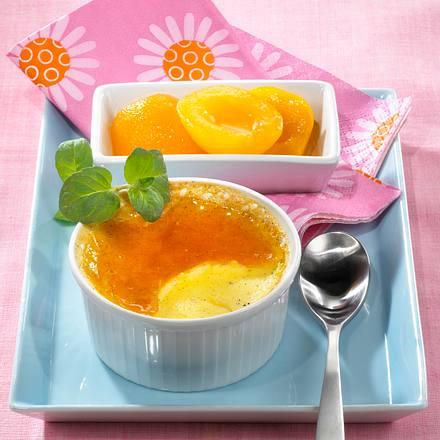 Crème Brûlée mit marinierten Aprikosen Rezept