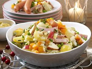 Cremiger Kartoffelsalat mit Würstchen Rezept