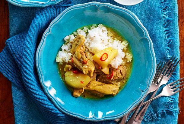 "Cremiges Hähnchencurry mit Reis ""Malaysia-Style"" Rezept"
