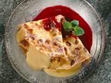 Crêpes mit Vanille-Joghurt und Himbeersoße Rezept