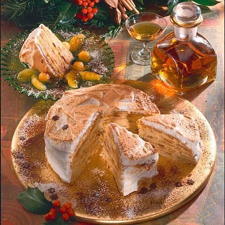 Crêpes-Torte mit Baiserhülle Rezept
