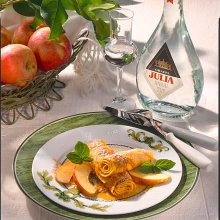 Crespelle mit karamellisierten Äpfeln Rezept