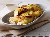 Crespelle mit Schinken, Zwiebel, Kümmel-Schmand und mit Käse überbacken Rezept
