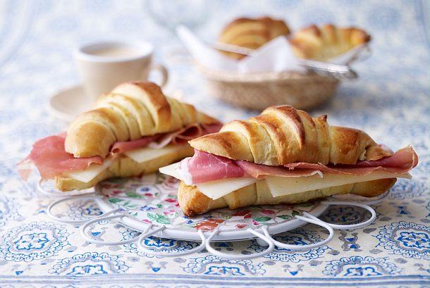 Croissants de leite (Milchbrötchen) Rezept