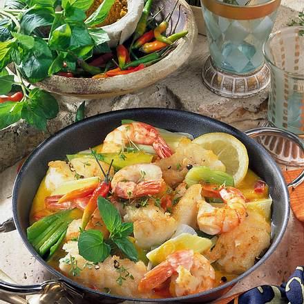 Curry-Fisch-Pfanne mit Garnelen Rezept
