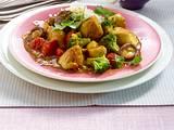 Curry-Hähnchengulasch mit Brokkoli und Tomaten Rezept