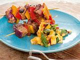 Curryspieße mit Pfirsich-Salsa Rezept