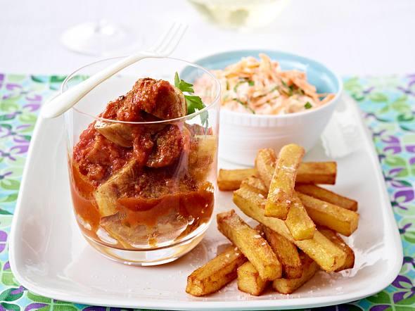 Currywurst de luxe mit selbst gemachten Pommes Rezept