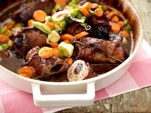 Dänische Ofenrouladen mit Möhren-Porree-Gemüse Rezept