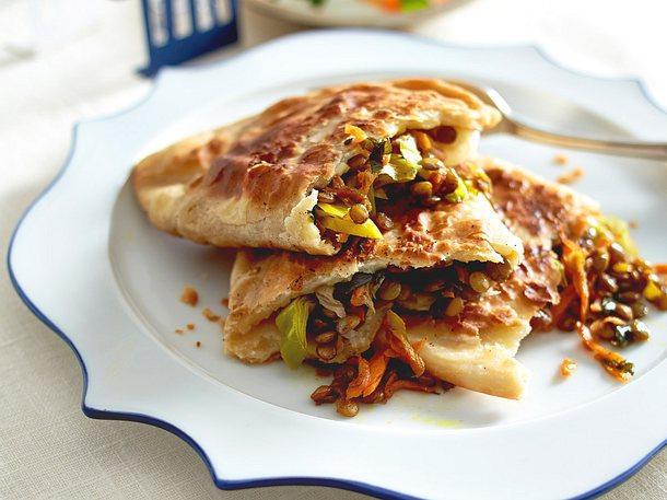Dal Paratha (Linsenfladen mit Möhren-Raita) Rezept