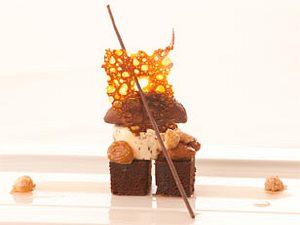 Delice von Nyangbo- Schokolade mit hausgemachten Rum- Rosinen und Piemonteser Haselnüssen (Kolja Kleeberg) Rezept