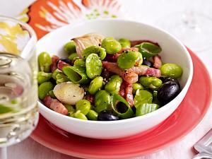 Dicke Bohnen mit Speck und Oliven Rezept