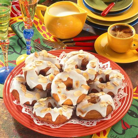 Donuts mit Zitronenguss Rezept