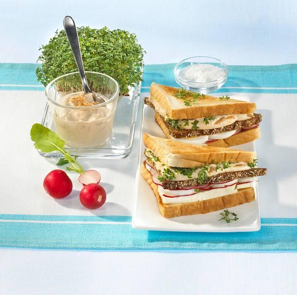Doppelstöckiges Käse-Thunfisch-Sandwich Rezept