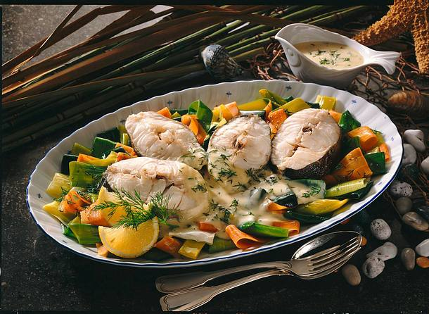 Dorschkoteletts auf Gemüsebett Rezept
