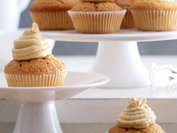 Double Peanut Cupcakes mit Philadelphiacreme Rezept