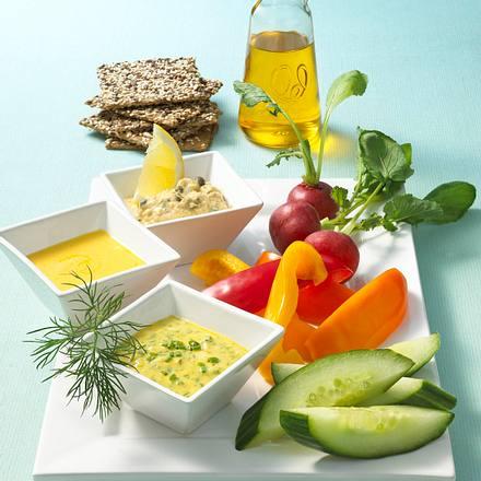 Dreierlei Mayo-Dips zu Gemüse Rezept
