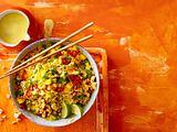 """""""Easy Asia""""-Bratreissalat mit Mango Rezept"""