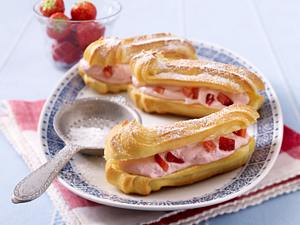 Eclairs mit Erdbeer-Mascarponecreme Rezept