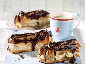 Eclairs mit Kaffeecreme Rezept