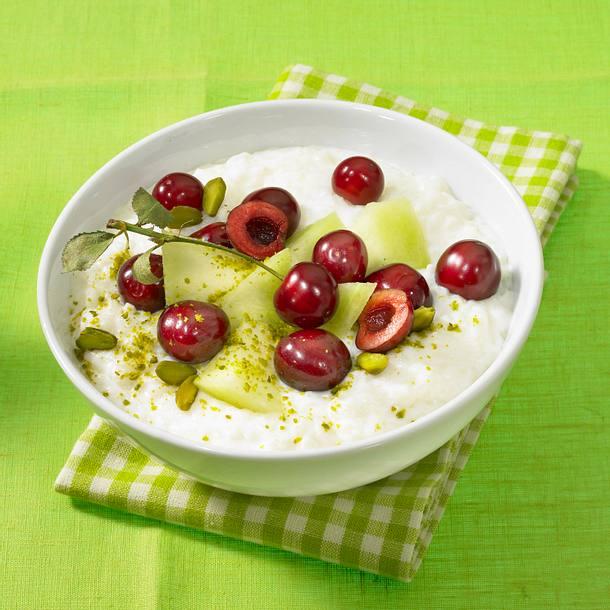 Edel-Milchreis mit Sommerfrüchten Rezept
