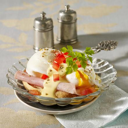 Eier Benedict (pochierte Eier mit Sauce Hollandaise) Rezept
