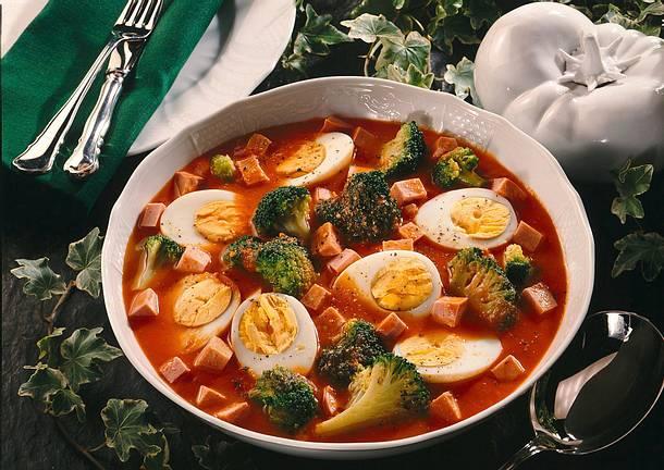 Eier-Broccoli-Ragout in Tomatensoße Rezept