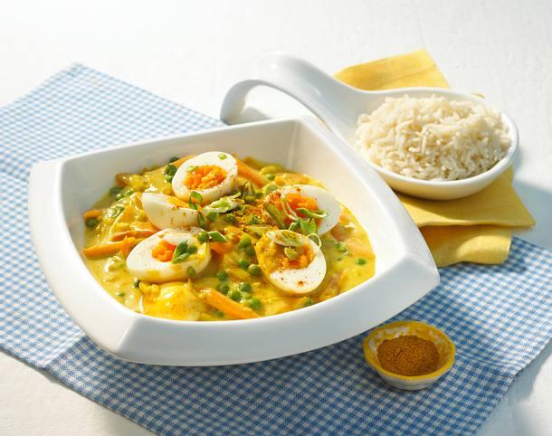 Eier in Currysoße mit frischem Gemüse Rezept