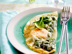 Eier und Spinat im Filoteig Rezept