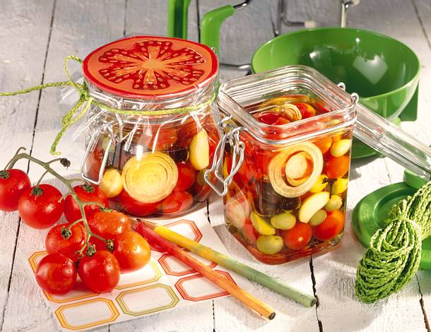 Eingelegte Tomaten & Oliven Rezept