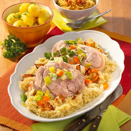 Eisbein mit Sauerkraut Rezept