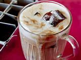 Eiskaffee mit Mandelmilch Rezept