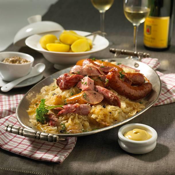 Elsässer Sauerkraut nach Hausmacher Art (Choucroute maison) Rezept