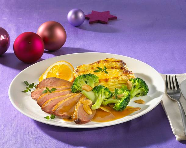 Entenbrust mit Mandel-Brokkoli und Kartoffel-Gratin Rezept