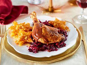 Entenkeule mit Lebkuchensoße Cranberry-Rotkohl